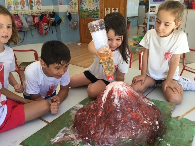 Science & Crafts: Making a Volcano
