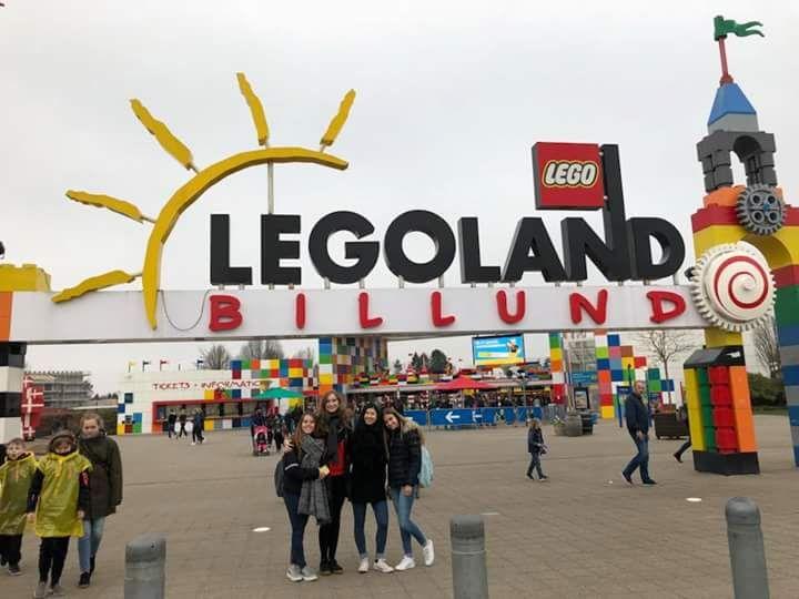 Lego entrance