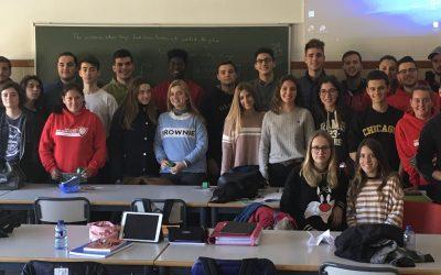 """Nos visita la Universidad Católica de Valencia con el lema """" serás lo que tú quieras ser"""""""