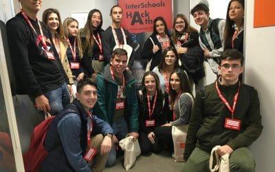 Aportamos soluciones innovadoras a retos sociales y medioambientales propuestos por Greenpeace. Interschools Hackathon- A Social Makers Challenge.  Universidad Europea de Valencia