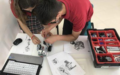 Fomentamos las habilidades científicas y tecnológicas. Clasificados para la Fase Final. Campeonato de robótica educativa de la Safor